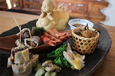 本場・中国さながらの本格中華や薬膳料理が楽しめる中華料理店で、統括店長を募集中。