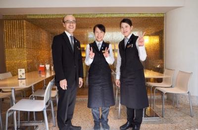 """""""食の千草""""とも呼ばれる北九州で歴史あるホテルで、レストランサービススタッフを募集します。"""