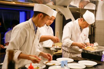 和食の経験者はもちろん、他業態の方や未経験の方も歓迎します。