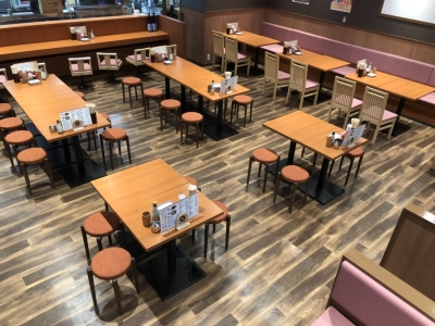 博多の大人気ソウルフード「かわ焼」を提供する店舗のスタッフを含む募集です!