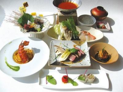 関西国際空港からすぐ!ホテル内の創作料理レストランで、調理スタッフとしてご活躍を。