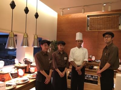 「健康美食」がテーマのビュッフェレストランで、調理スタッフを募集。