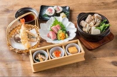 株式会社The DINING 『まぐろのエン時』伊丹空港店