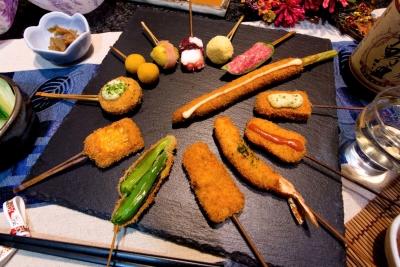 昭和49年創業の老舗串カツ店!ネタひとつひとつにこだわり、新鮮な食材、旬の食材を提供しています。
