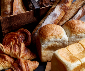 本場フランスのパン作りをベースに、世界中から厳選した小麦粉を使用