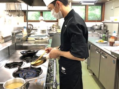 茨城県・栃木県・千葉県内のゴルフ場・クラブハウス内のレストランで、調理スタッフを募集。