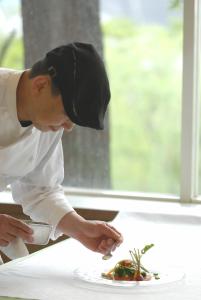 料理人として腕をみがきたい方、調理技術を学びたい方歓迎!