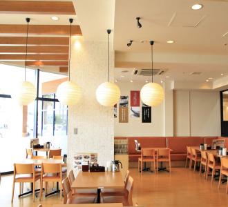 黒ごまを練り込んだ「ごまそば」が人気の和食店2店で店長候補を募集します◎
