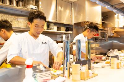 オープニングの和食料理人(店長候補)として、調理を中心にお任せします。(写真はすべて予想図)