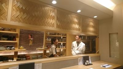 心斎橋駅から徒歩3分。本格会席料理と一品料理をリーズナブルに提供する日本料理店です。