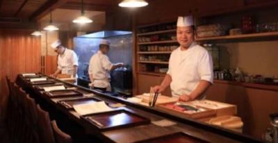 「祇園四条駅」より徒歩2分のところにある和食店『祇園ろはん』にて、新しく調理スタッフを募集します!