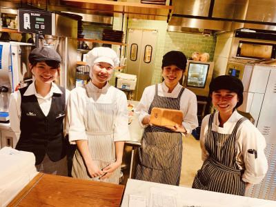 本店とジャズ店のカフェにて、店舗スタッフの募集です!洋食調理メインにお任せします!