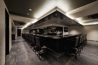 心斎橋で展開するイタリアンレストランで、ホールスタッフとしてご活躍を。